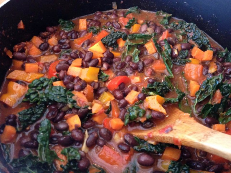 Black bean, kale and yam vegan chili