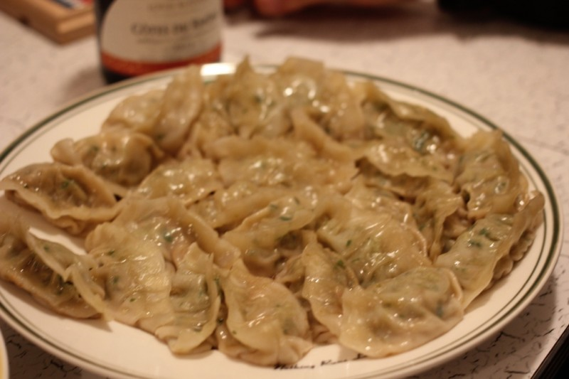 cooked dumplings ready to eat