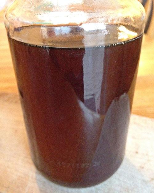 maple syrup dark big leaf colour